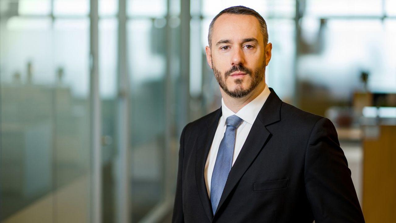 Cyril Fiat, ancien conseiller juridique de la Banque Mondiale, devient le nouvel associé national du cabinet Dechert, à Paris.