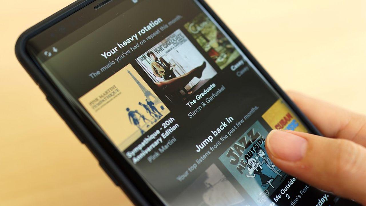 La hausse des redevances pour les artistes musicaux est en constante augmentation du fait du succès des plateformes de streaming musicales par abonnement comme Deezer ou Spotify.