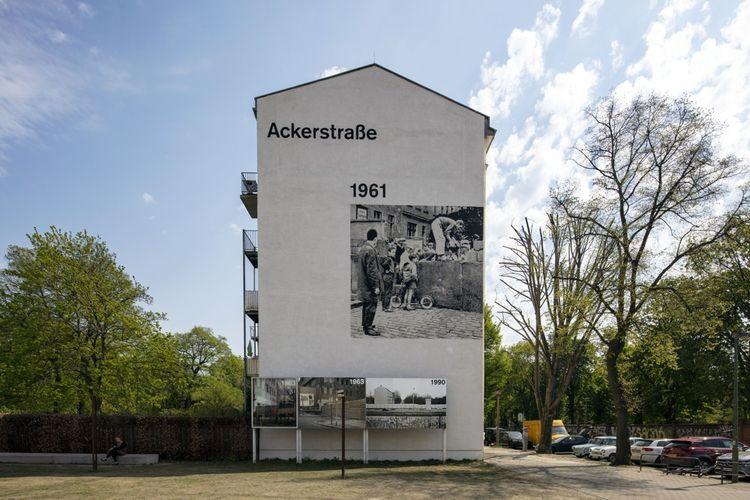 BernauerStrasse : peinture rappelant la construction du «Mur de la honte».