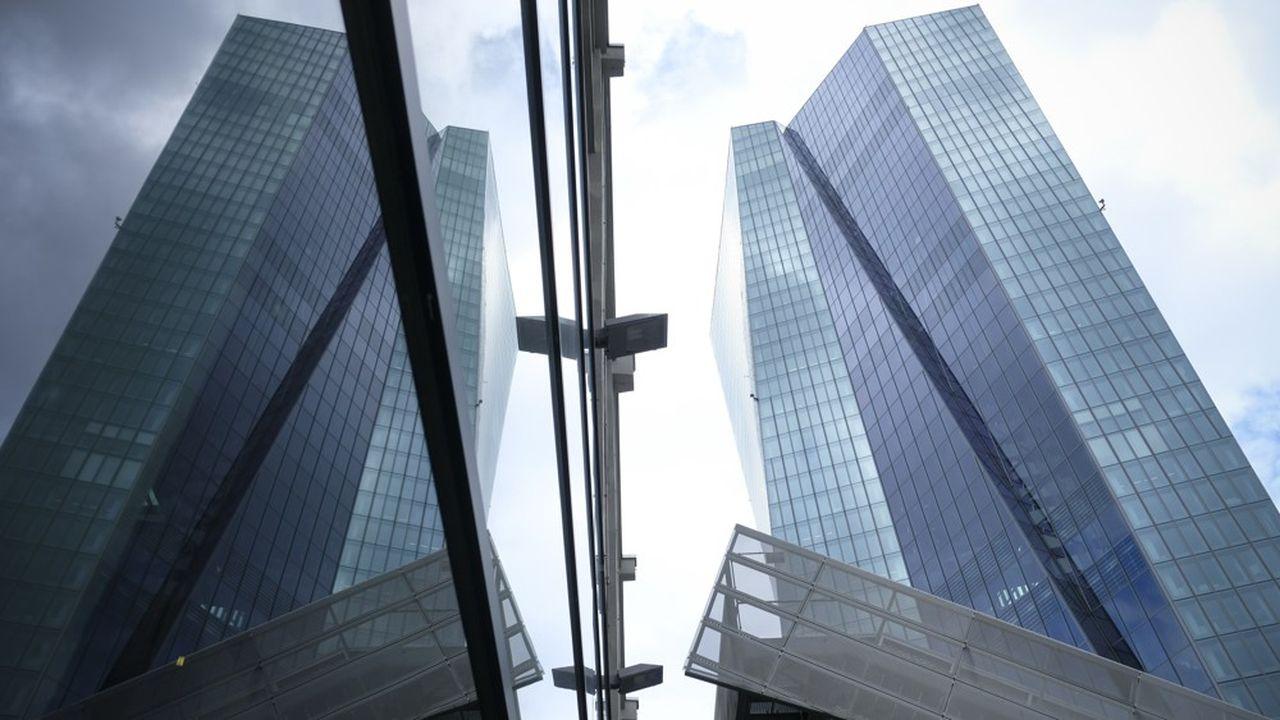 Depuis plusieurs années, la Banque centrale européenne (en photo), la Commission et le Parlement européens mettent la pression sur les banques et les Etats-membre pour accélérer la cession des créances pourries.