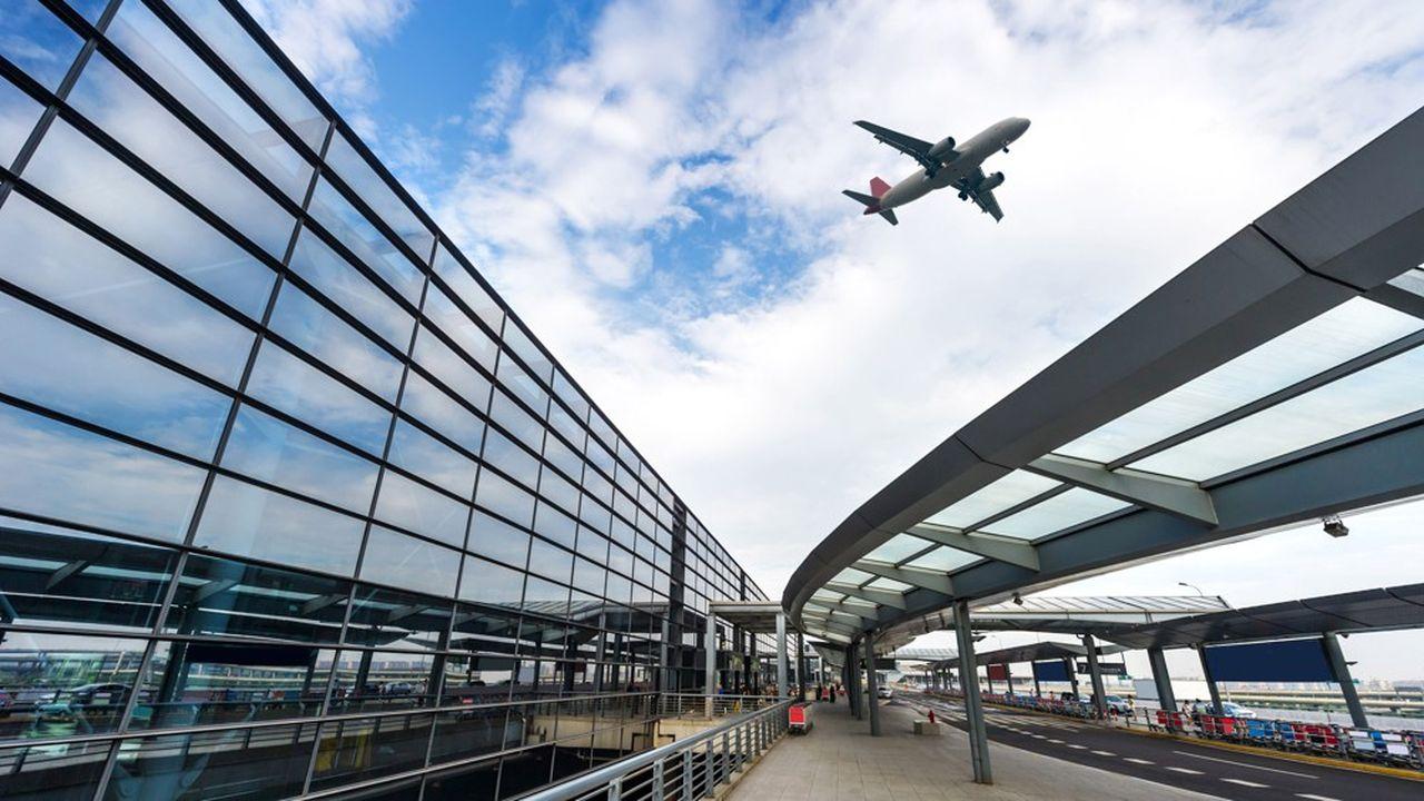 Le transport aérien est exempté de taxe sur le carburant en Europe, mais il supporte bon nombre d'autres taxes, y compris environnementales.