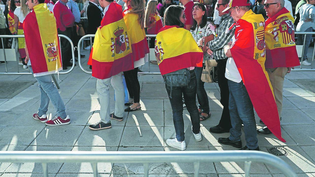 L'Espagne retourne aux urnes pour de nouvelles élections législatives marquées par de fortestensions en Catalogne.