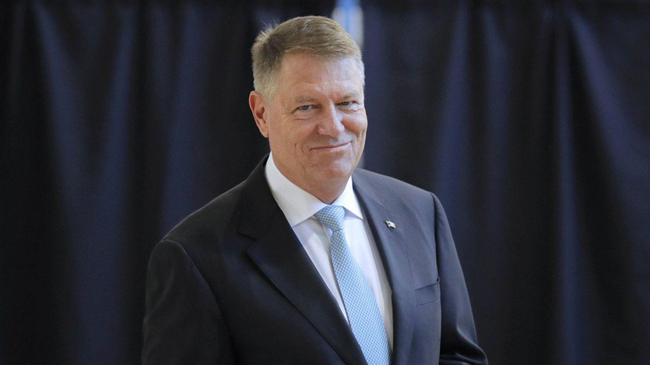 Klaus Iohannis s'est fait le porte-voix des manifestants contre les tentatives du gouvernement d'assouplir les règles anti-corruption.
