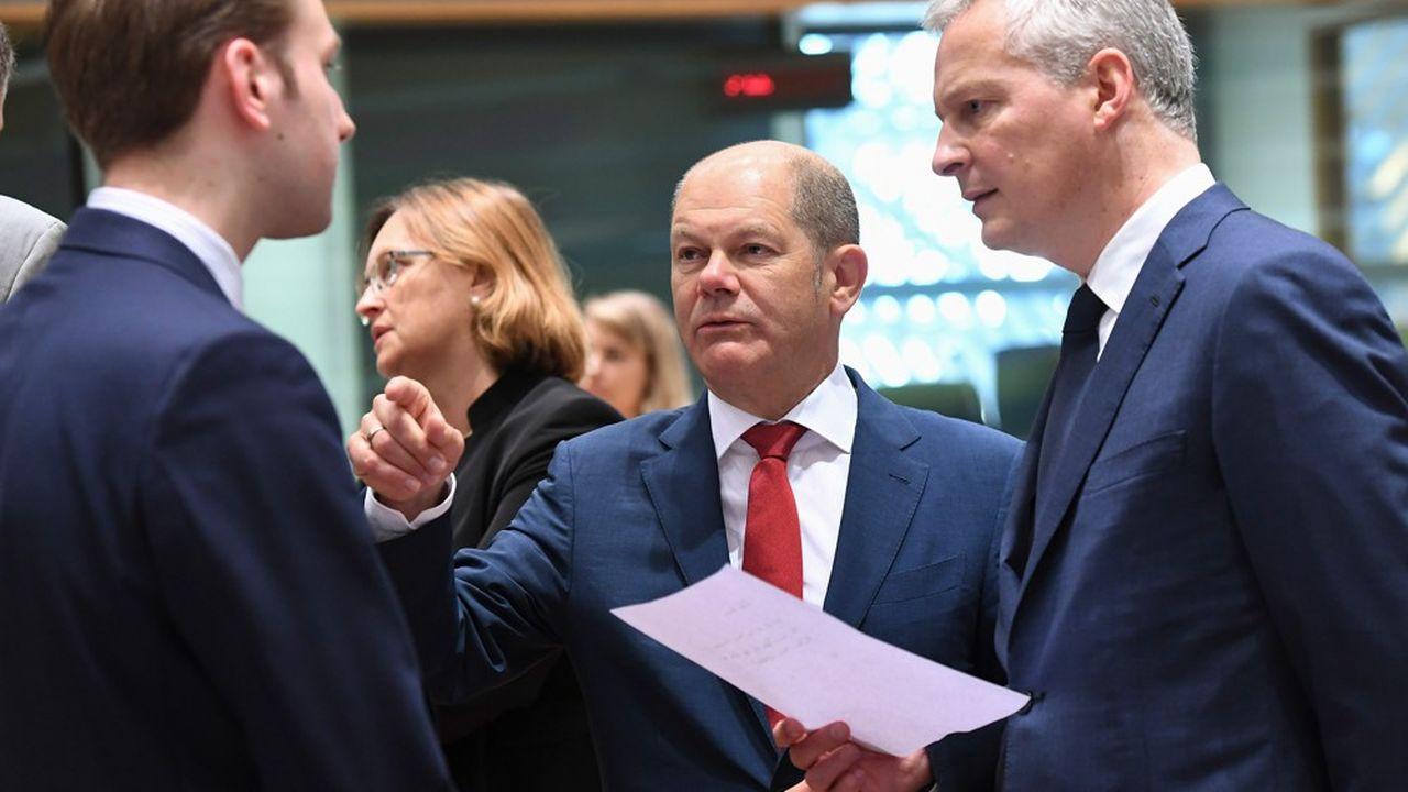 Bien que la France ait joué un rôle moteur dans ces discussions à l'échelle internationale, le débat monte sur le risque que les pertes fiscales soient au final supérieures aux gains que l'Etat français peut en attendre.