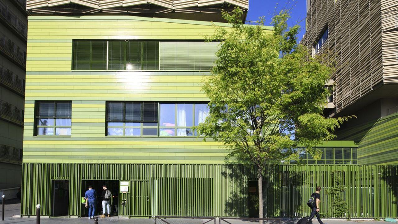 Les architectes sont en pointe pour la conception et la réalisation de bâtiments prenant en compte les nouvelles contraintes environnementales.
