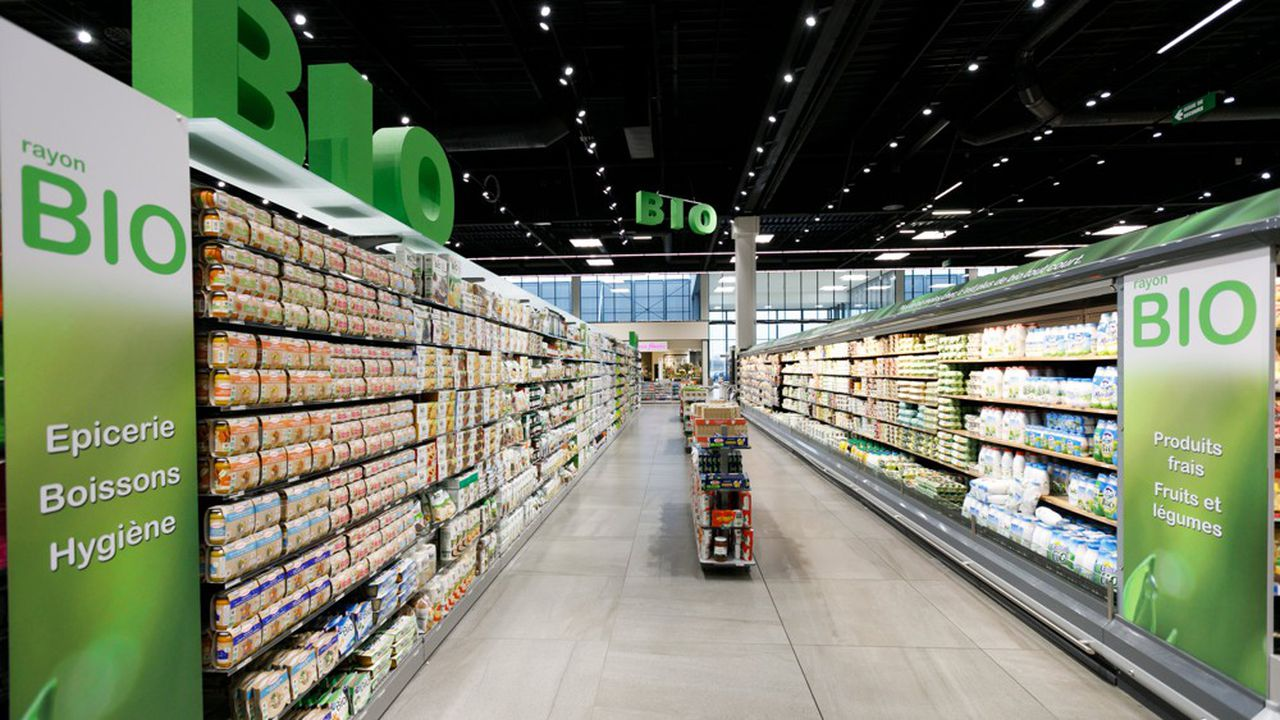 «Les marges de la grande distribution sont identiques en pourcentage, voire plus faibles, sur les produits bio que sur le non bio», affirme l'organisation qui représente les Carrefour, Casino et autres Auchan.
