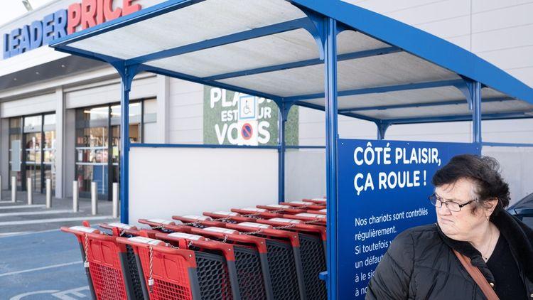 Soissons, le 8novembre 2019. Portrait de Jackie, assistante maternelle qui espérait toucher la prime d'activité. Dans la ZAC Chevreux à l'entrée de Soissons (Hauts-de-France). Reportage à la rencontre des habitants du Soissonnais, un an après le début du mouvement des «gilets jaunes».