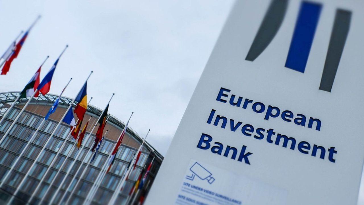 La BEI renonce à financer les énergies fossiles, une décision