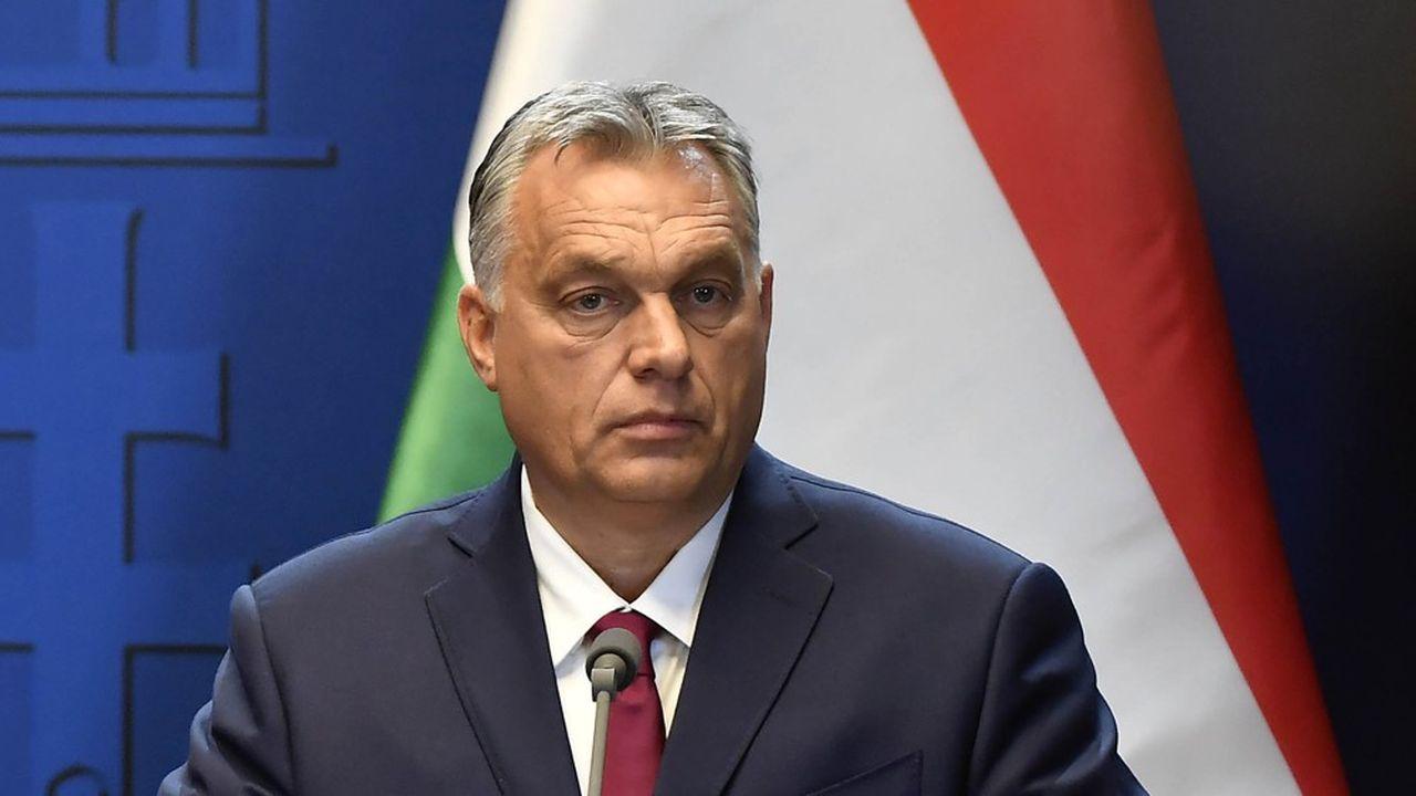 Viktor Orbán, le Premier ministre hongrois, qui recevait le 28octobre son homologue slovène, Marjan Šarec, à Budapest, s'est imposé comme le chef de file de la droite illibérale européenne.