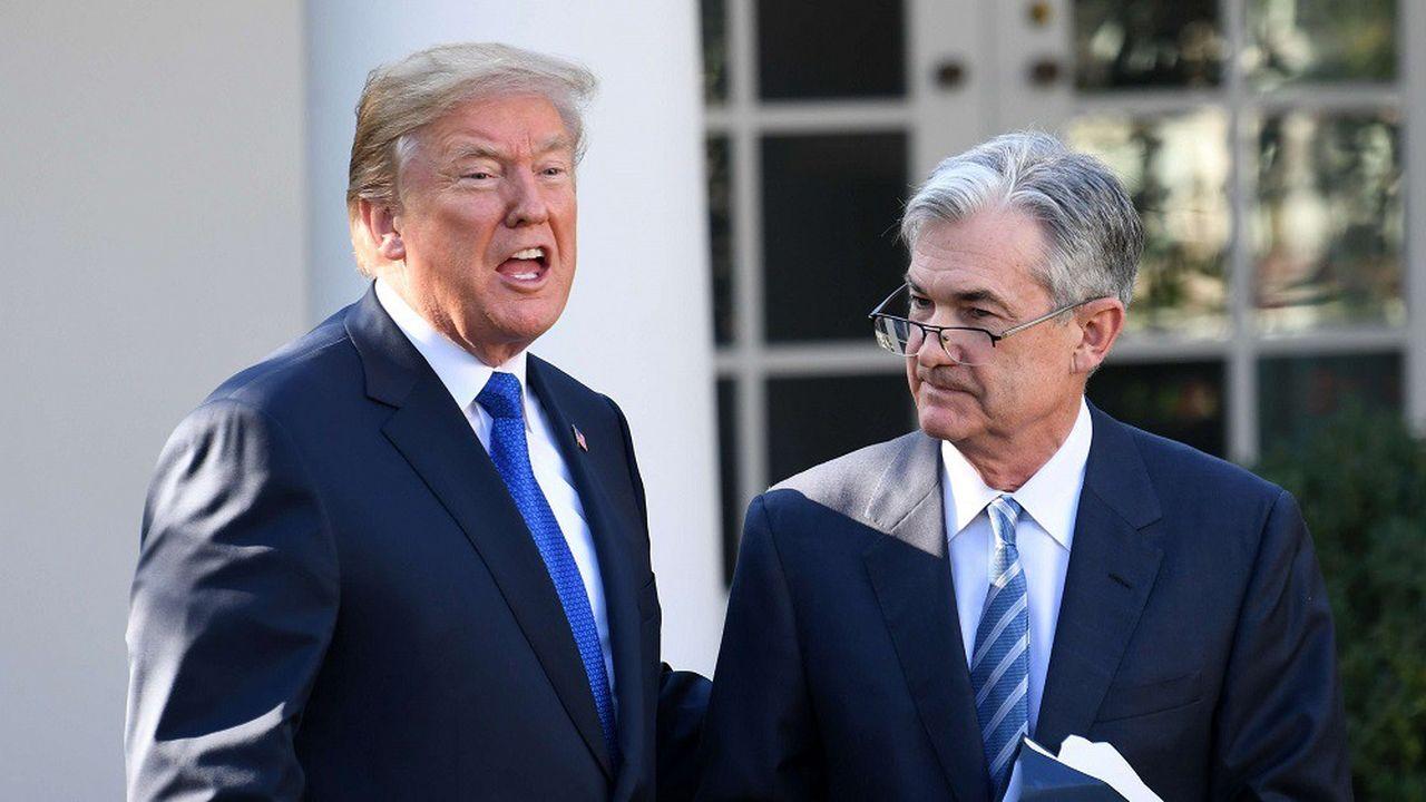 Donald Trump et le président de la Fed Jerome Powell lors d'une cérémonie à la Maison Blanche en novembre2017.