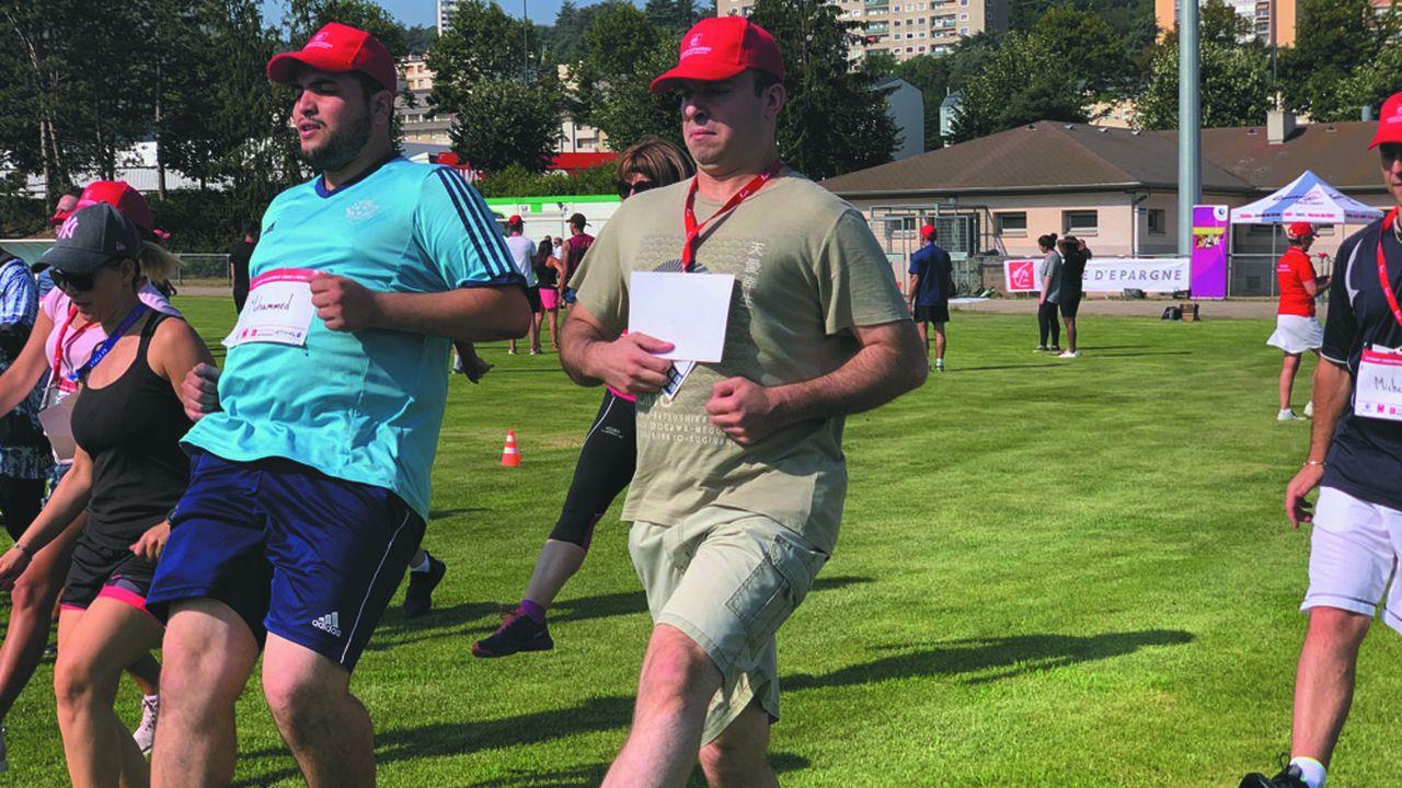 Demandeurs d'emploi et recruteurs vont se retrouver anonymement sur les pistes d'athlétisme pour s'échauffer ensemble.