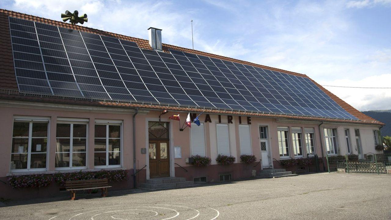 Une mairie française équipée de panneaux photovoltaïques