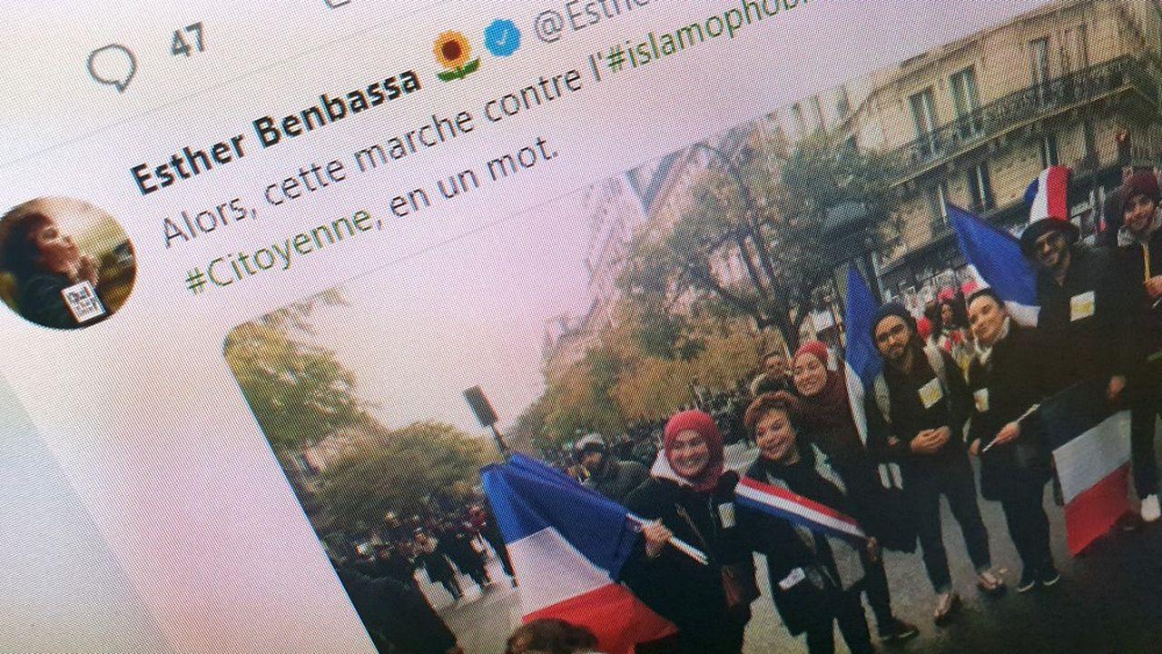 Esther Benbassa, sénatrice EELV, a posté une photo de la marche contre l'islamophobie où figurait un badge associant étoile jaune et croissant islamique.