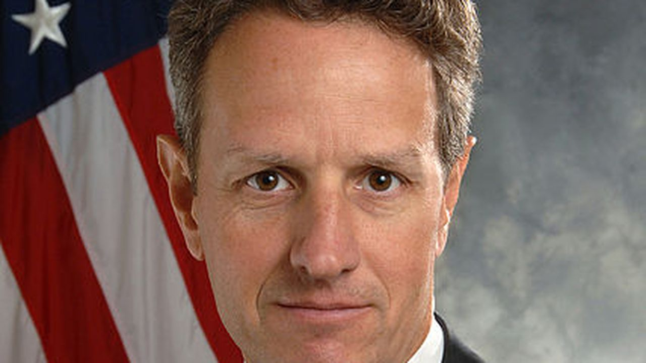 warburg-Timothy_Geithner_official_portrait.jpg