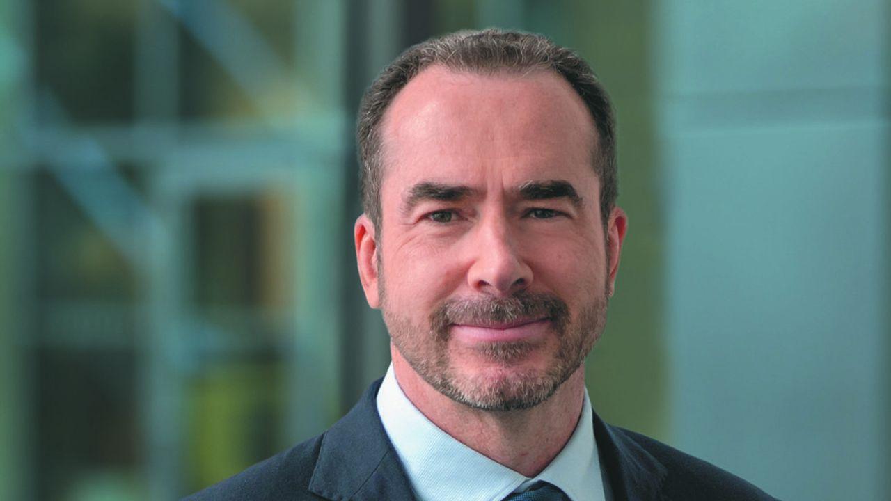 Thierry Garnier, le nouveau patron de Kingfisher, a annoncé être « en train de construire un nouveau plan à long terme pour nous recentrer sur nos clients, simplifier notre modèle, embrasser le digital et revenir à la croissance »