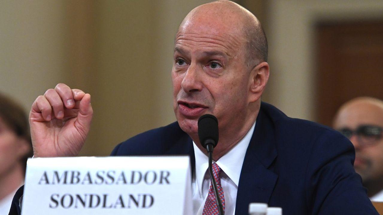 Dans ses propos introductifs, l'ambassadeur avait indiqué avoir travaillé sur le dossier avec Rudy Giuliani, l'avocat personnel de Donald Trump, «à la demande expresse du président des Etats-Unis».