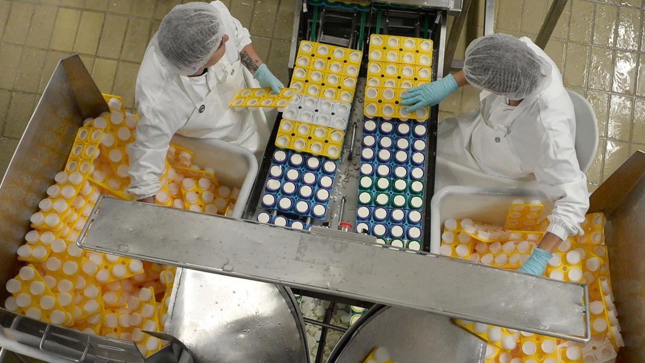 Le groupe Bel, numéro trois mondial des fromages de marque avec 12.000 collaborateurs sur 30 sites de production, a lancé son projet d'automatisation en 2016 pour couvrir l'ensemble de ses usines entre trois et cinq ans.