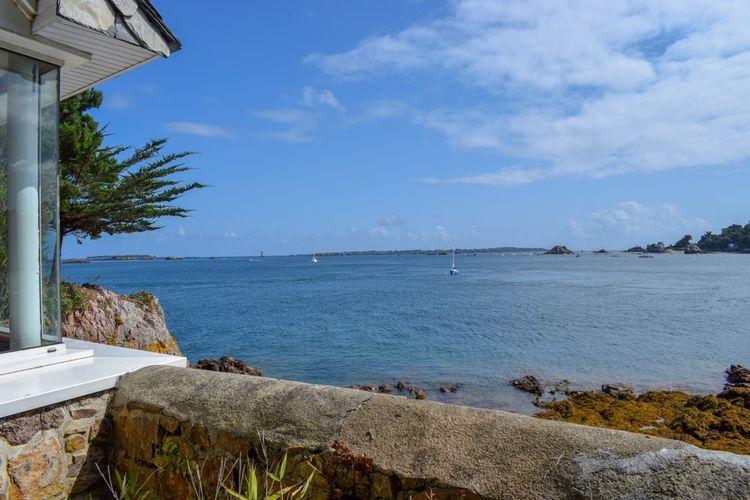 Dans ce lieu atypique où la mer est omniprésente, le panorama est à couper le souffle