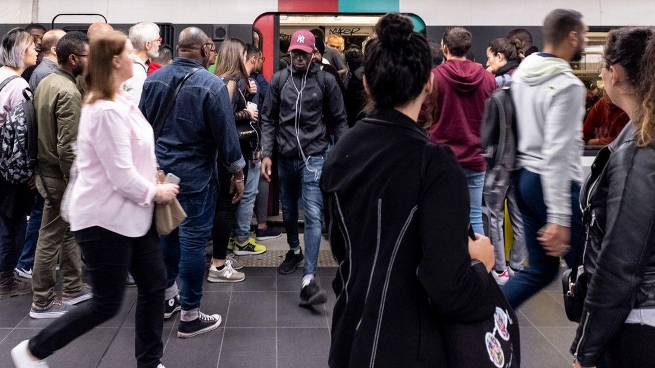 Le plan d'urgence pour le Vald'Oise met l'accent sur les transports et rappelle l'impérieuse nécessité de faire les travaux prévus pour que les nouvelles rames du RER D puissent entrer en service comme prévu en 2021.