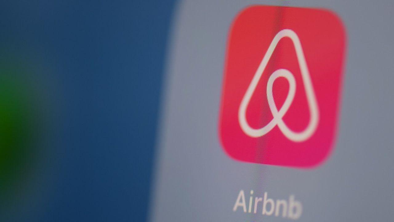 Airbnb est au coeur du débat politique avant les élections municipales.