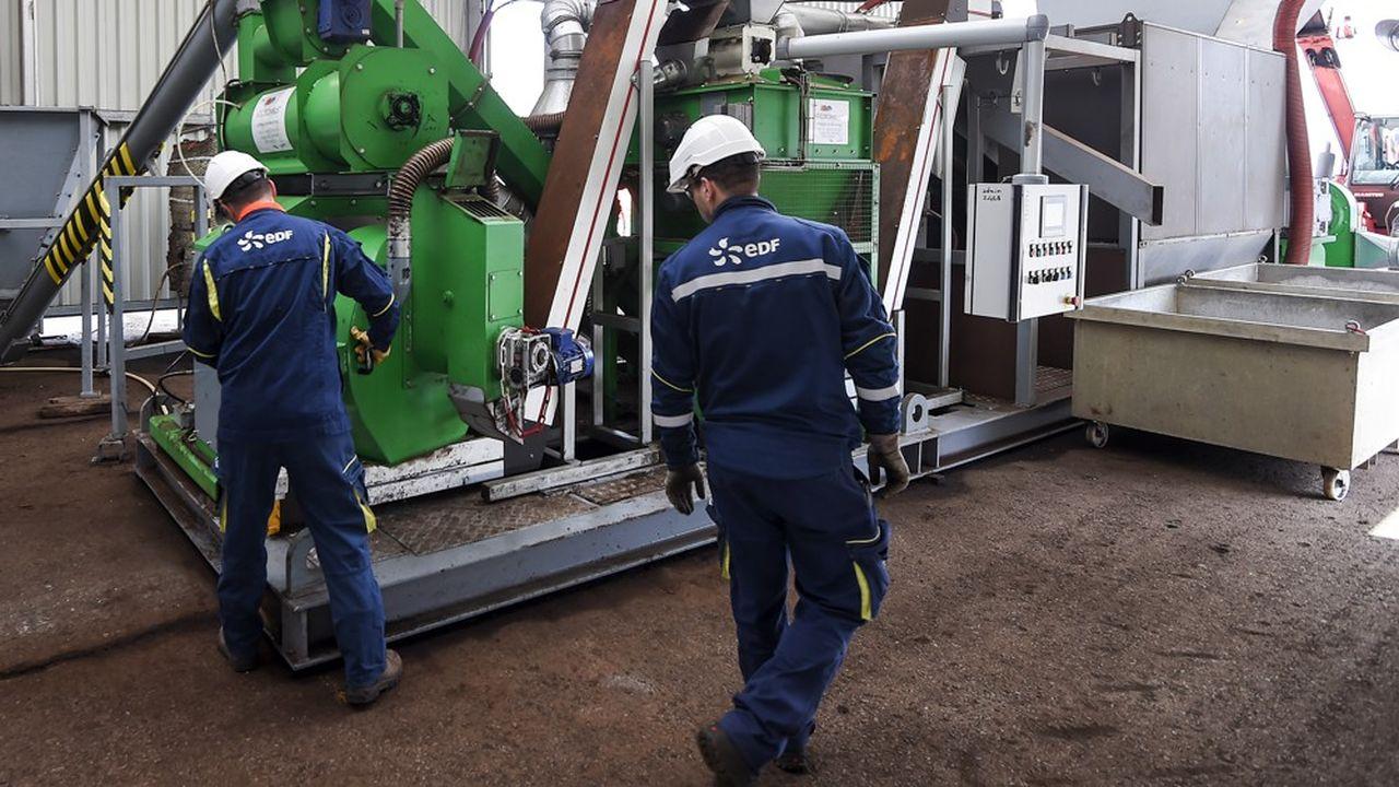 Les salariés au statut dans l'industrie électrique et gazière craignent de perdre leur possibilité de départ anticipé cinq ans avant l'âge légal.