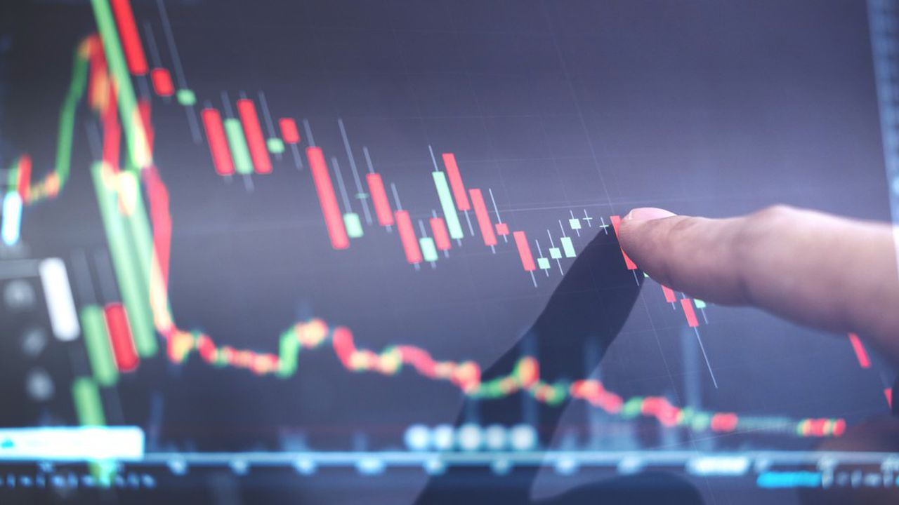 L'interminable glissade des taux directeurs, devenus négatifs, a contraint les investisseurs institutionnels à chercher du rendement dans les obligations d'entreprises.