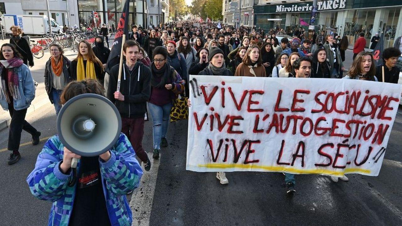L'université Lyon 2 ferme ses campus pour la journée — Blocage des étudiants