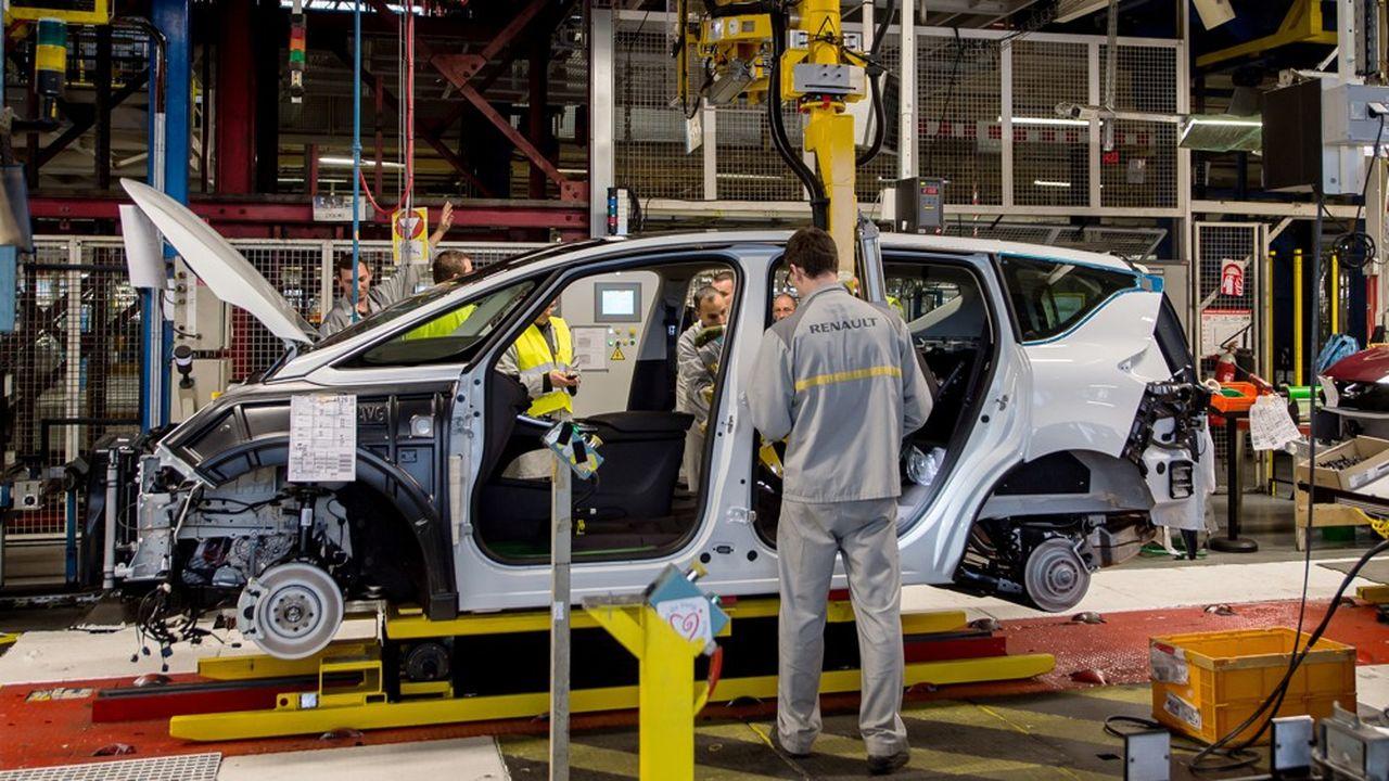 La Renault Espace (ici sur la ligne de production à Douai), ne sera sans doute pas renouvelée dans trois ou quatre ans, lorsqu'elle arrivera en fin de vie.