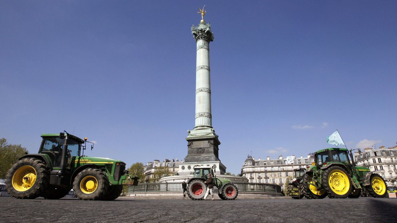 Un millier d'agriculteurs sur leurs tracteurs prévoit de bloquer les accès à la capitalece mercredi pour exprimer leur ras-le-bol face à la multitude des mises en cause de leur métier.