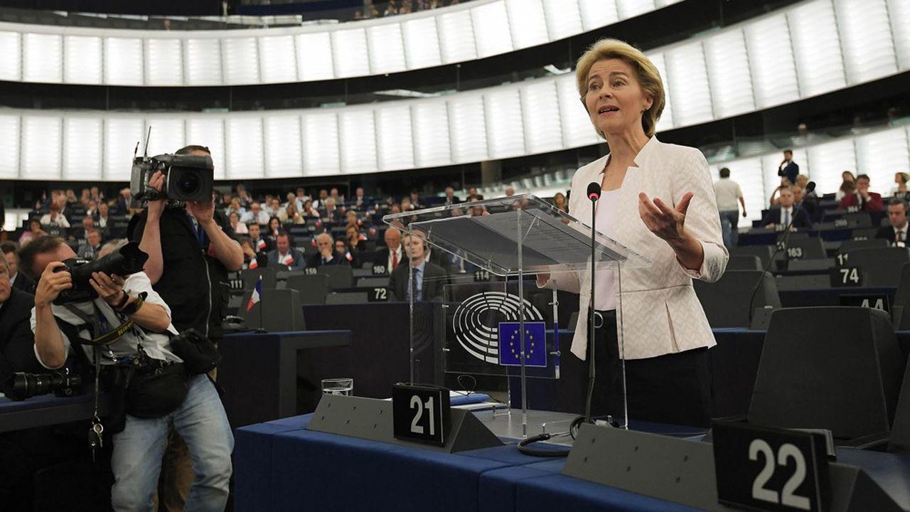 Elue de justesse le 16juillet à la tête de la Commission, la conservatrice allemande Ursula von der Leyen espère rassembler plus largement mardi lors du vote du Parlement européen qui se prononcera cette fois sur l'ensemble du collège.