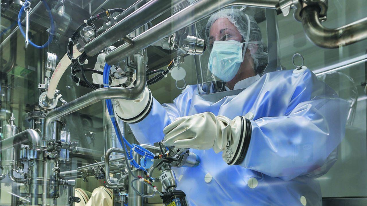 Le laboratoire cherche à se délester de deux sites pour concentrer ses moyens sur ses propres développements.
