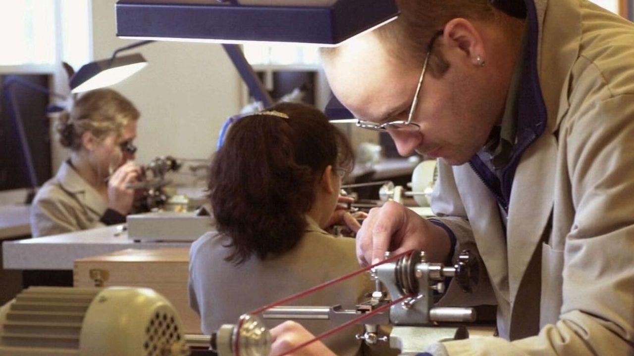 Des étudiants du Lititz Watch Technicum de Hanover (Pennsylvanie) fabriquent des montres à moins de 3.000dollars, un créneau sur lequel la Suisse ne cesse de reculer depuis l'an 2000.