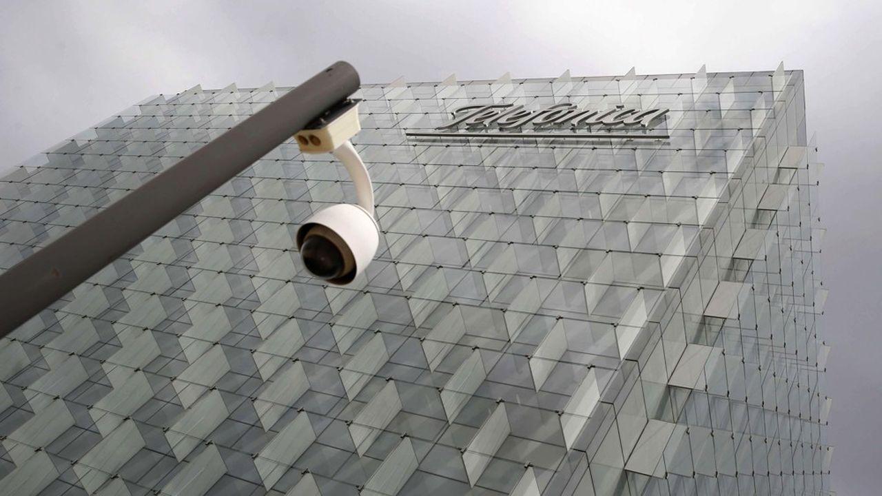 Telefonica va placer dans une entité séparée ses activtés en Amérique Latine (hors Brésil).