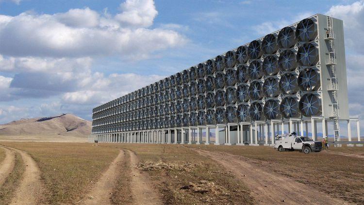 Un dispositif de capture du CO2 dans l'atmosphère testé par la start-up Carbone Engineering, à Squamish, dans le sud-ouest du Canada.