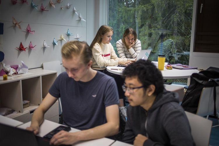 Le lycée de Kauniainen, en Finlande. Le pays figure dans le Top 5 Pisa.