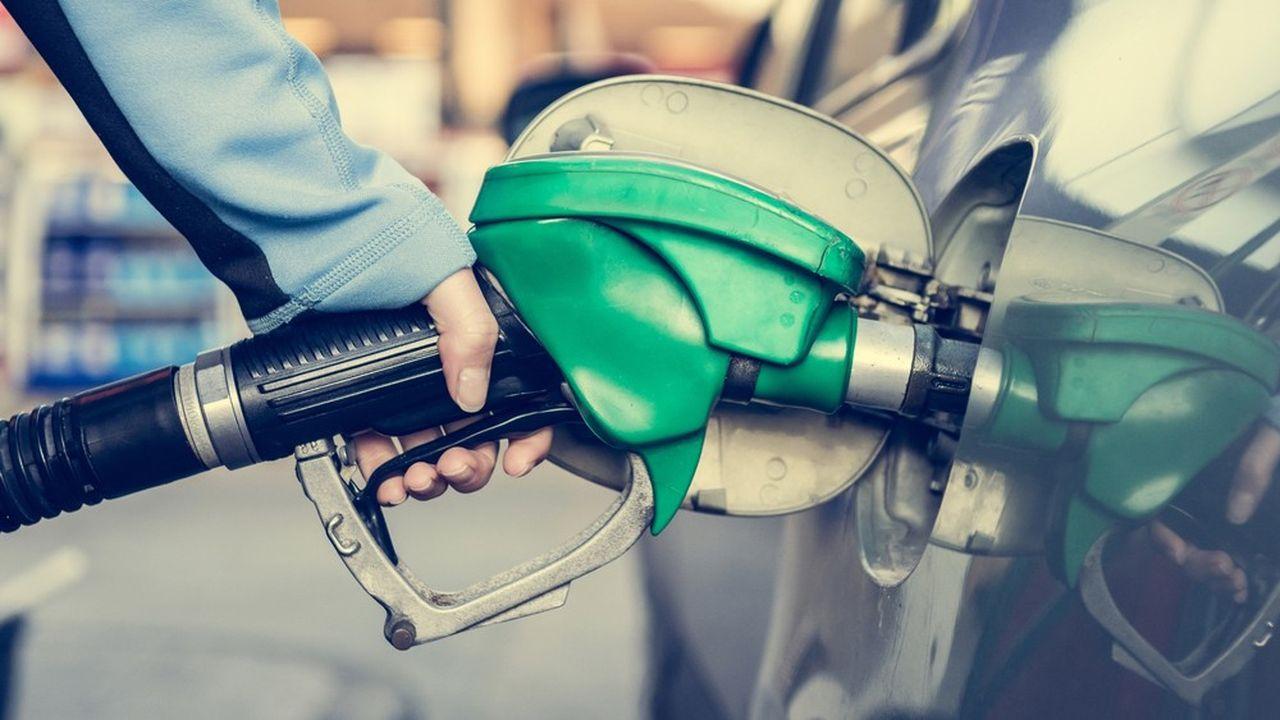 La France s'appuie très significativement sur les taxes indirectes, comme celles pesant sur le carburant.