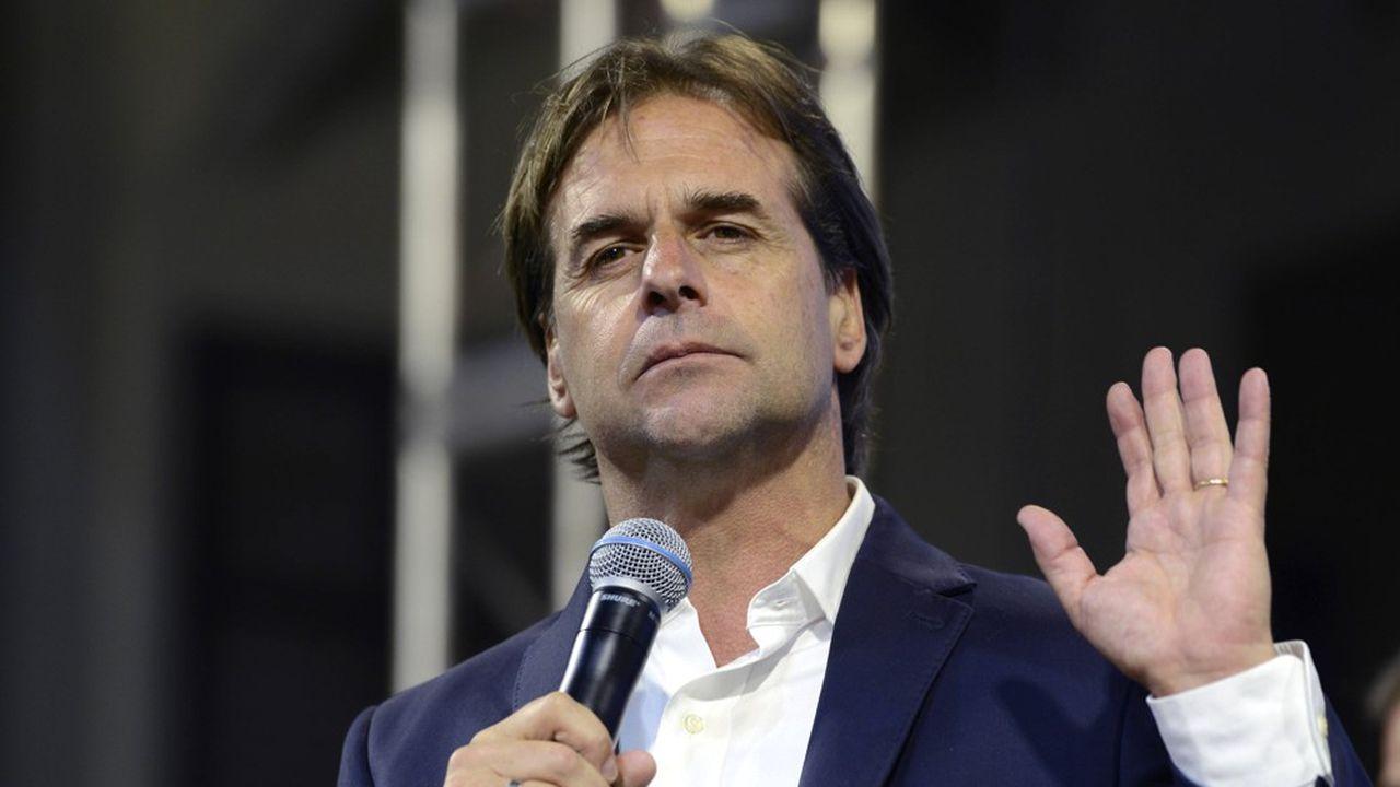 Dimanche dernier, un seul point de pourcentage séparait Luis Lacalle Pou (photo) de son principal adversaire, ce qui a conduit la Commission électorale à demander un recomptage des voix.