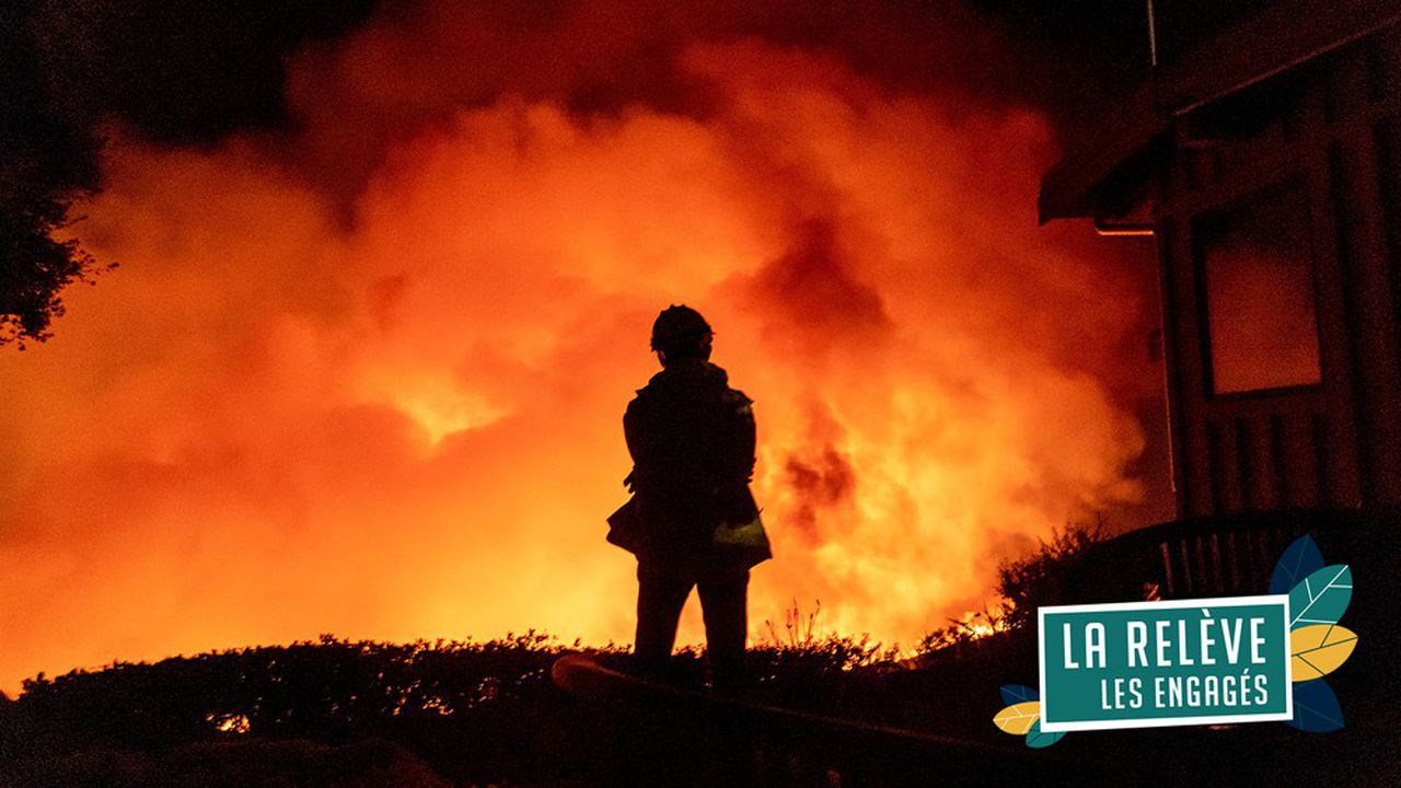 26novembre 2019, incendie menaçant des habitations, près de Santa Barbara, en Californie