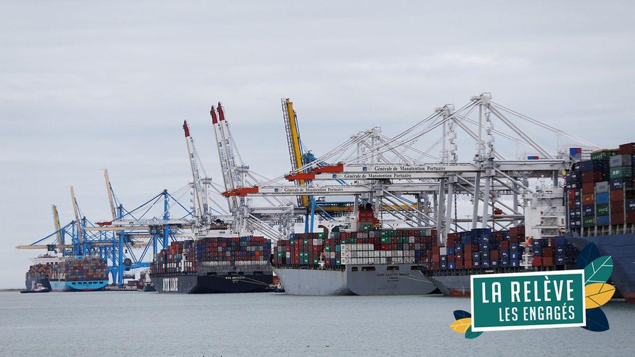 Il faut repenser la conception des navires, en particulier leurs moyens de propulsion, mais aussi celles des infrastructures portuaires et littorales et celles de leur environnement.