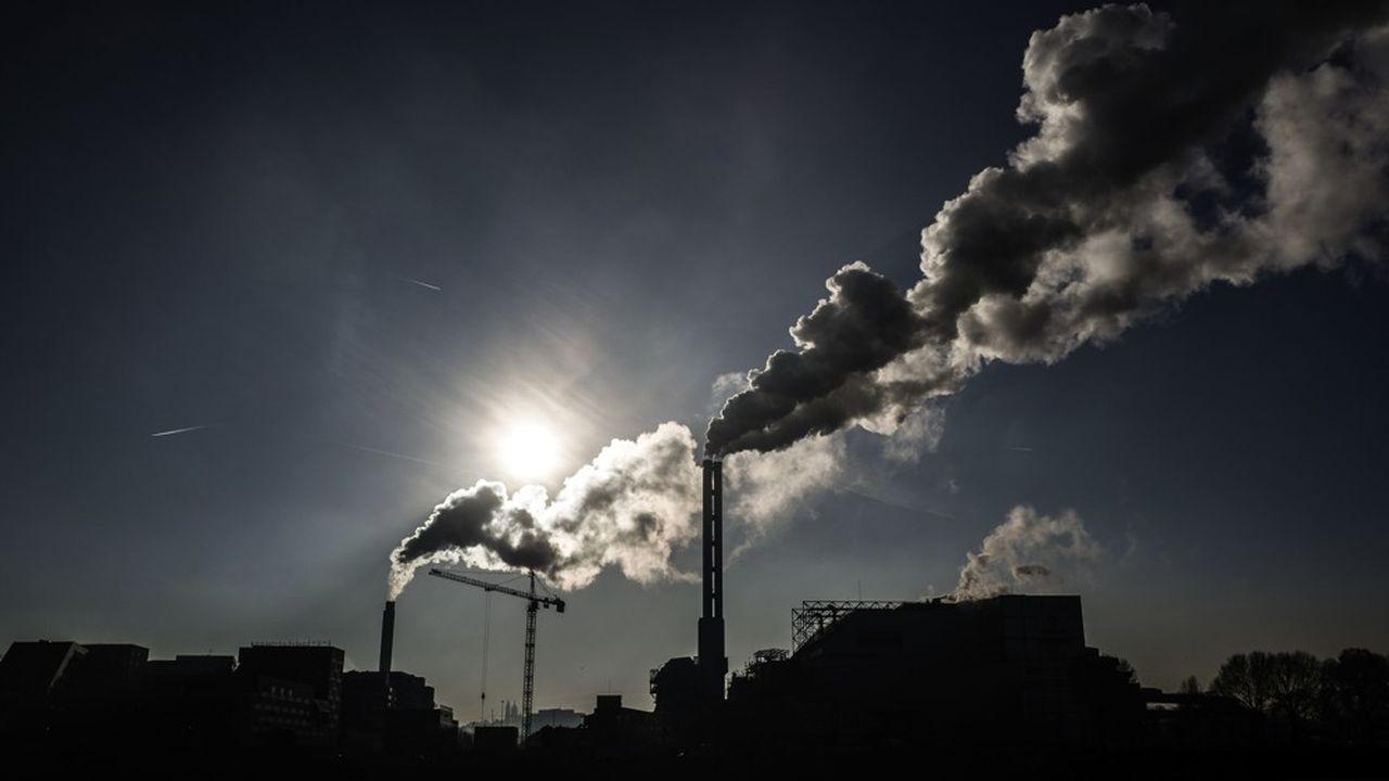 Le fond de Christopher Hohn a averti les entreprises qu'ellesdevaient communiquer avec davantage de transparence sur la pollution qu'elles génèrent.