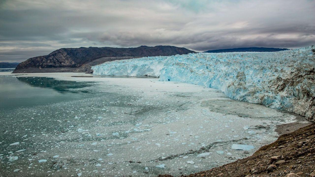 Tous les indicateurs sont aujourd'hui dans le rouge : l'élévation du niveau moyen de la mer s'accélère, l'océan devient plus acide, la banquise arctique recule, la calotte glaciaire du Groenland fond.