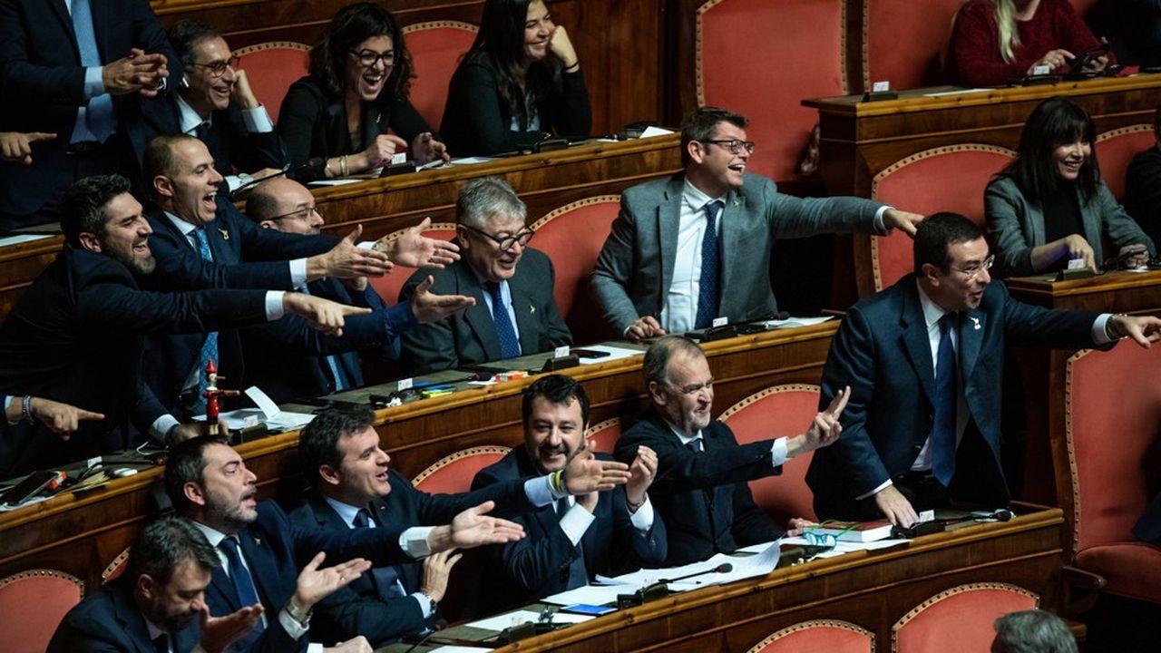 Matteo Salvini, leader la Ligue, au Sénat lors d'un débat sur le Mécanisme européen de stabilité.