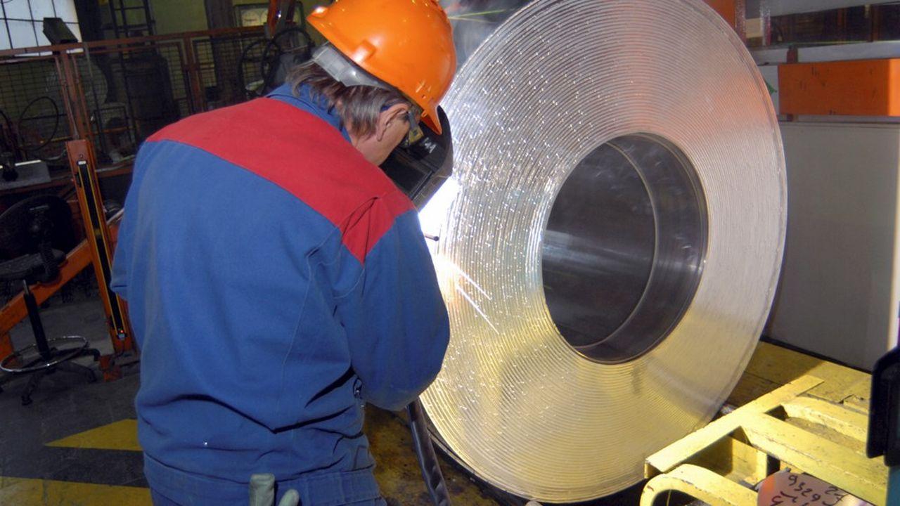 L'offre des deux spécialistes du rachat d'entreprises en difficulté conserve 49 des 91 emplois d'Alpine Aluminium.
