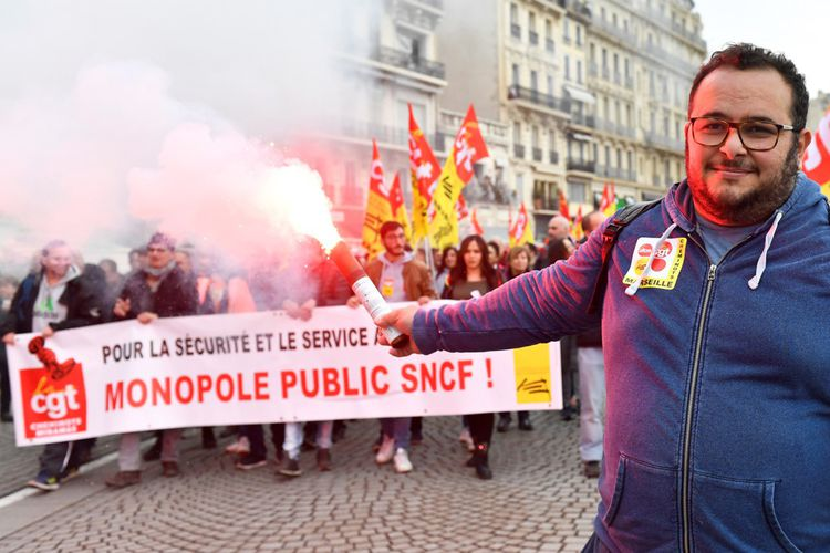 Les premières estimations de la mobilisation commencent à tomber. Selon des chiffres recueillis par France Bleu, la police a compté 15.000 manifestants à Rouen, 10.000 auHavre, 6.000 à Clermont-Ferrand ou encore 5.500 à Châteauroux.