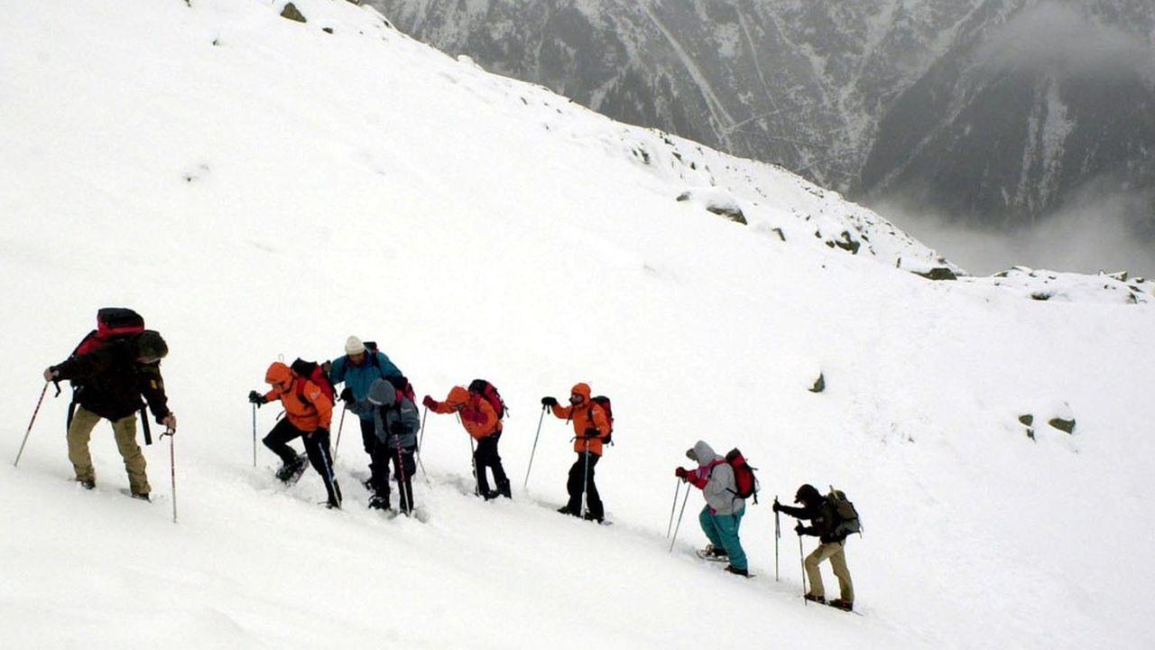 En haute saison, jusqu'à 300 personnes par jour peuvent tenter l'ascension du Mont-Blanc.