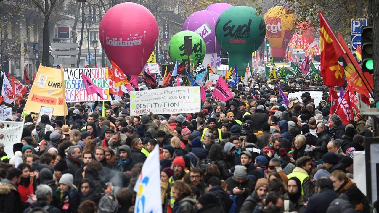 C'est Solidaires qui ouvrait la manifestation parisienne contre la réforme des retraites, de la gare du Nord à la place de la Nation.