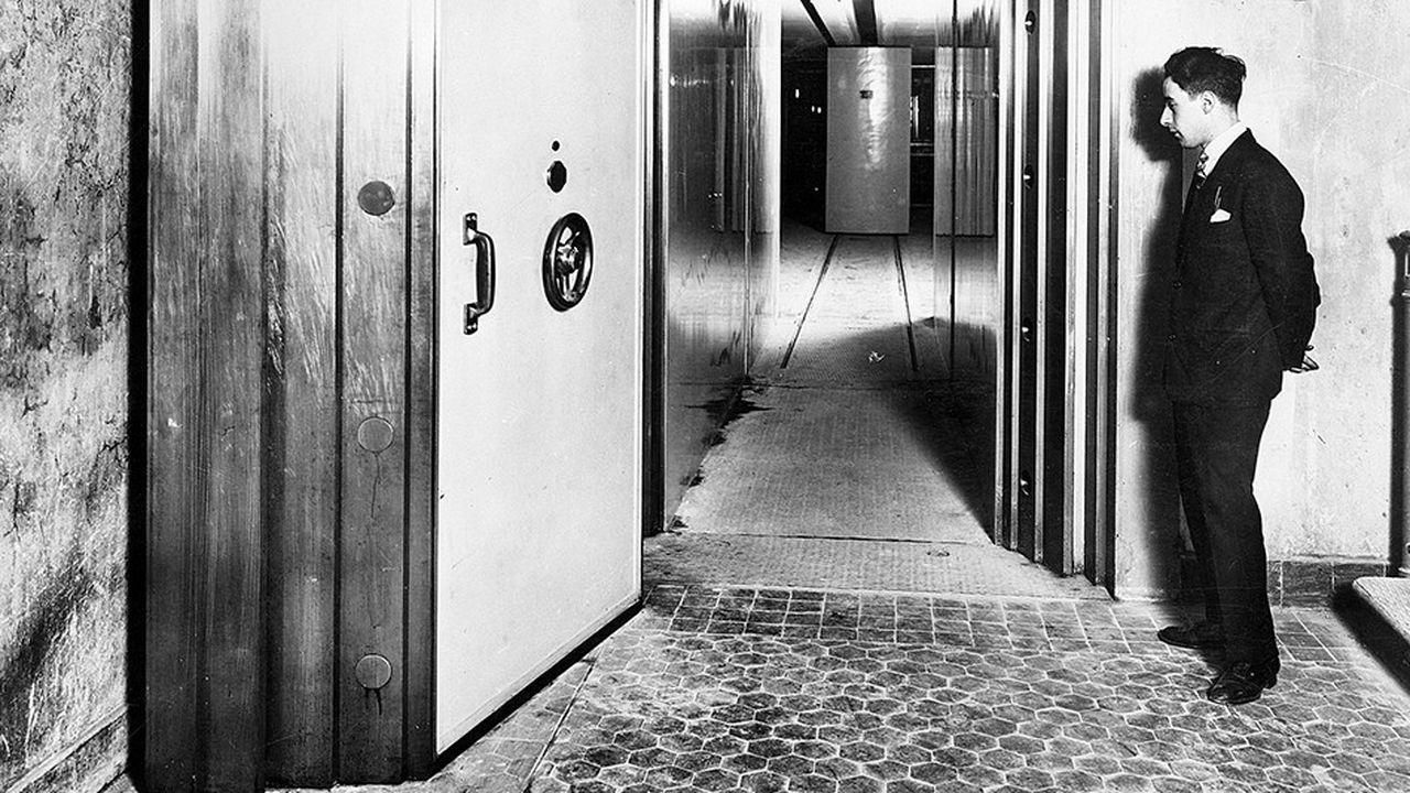 La Souterraine (ici en 1930), un coffre-fort de 11 000m2 situé à 27m sous la Banque de France.