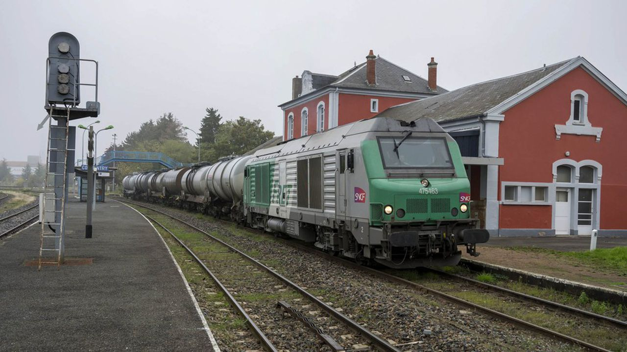 En cas de grève prolongée, la SNCF sacrifie le trafic de marchandises, pour pouvoir faire circuler le maximum de trains de voyageurs.