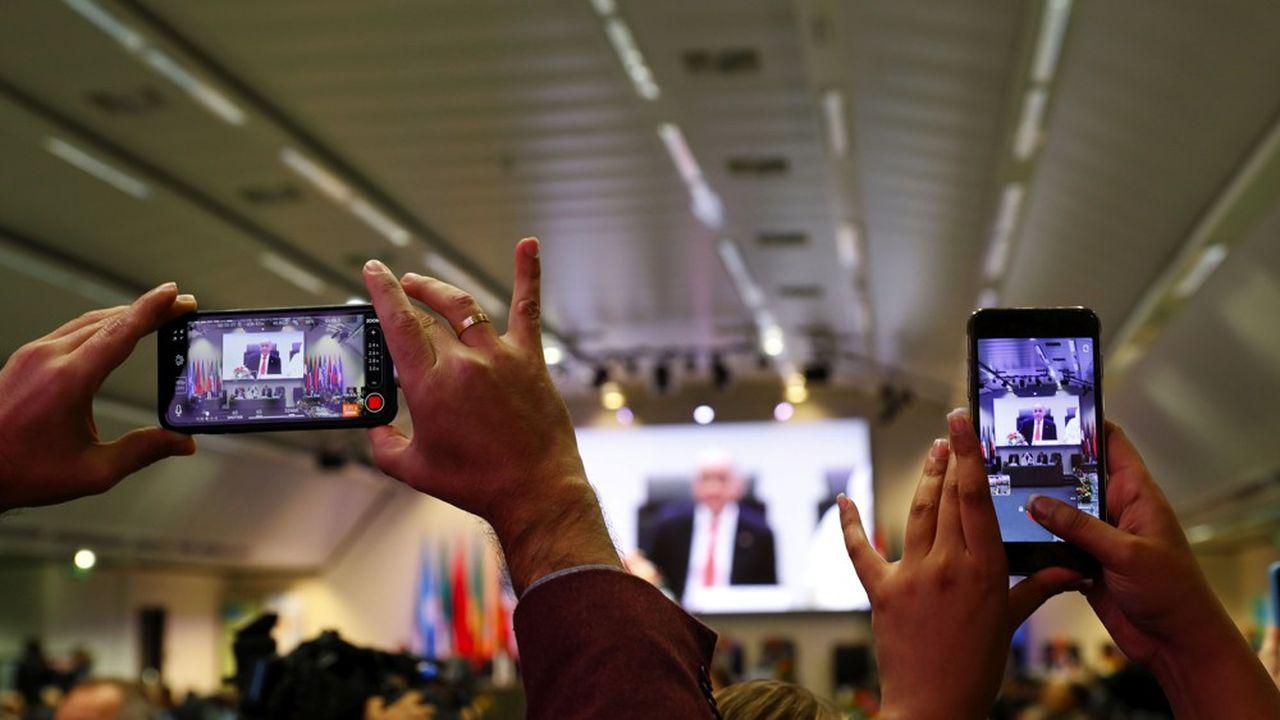 Après deux jours de négociations au siège de l'Opep à Vienne, les 24 pays producteurs menés par l'Arabie saoudite et la Russie sont parvenus à un accord.