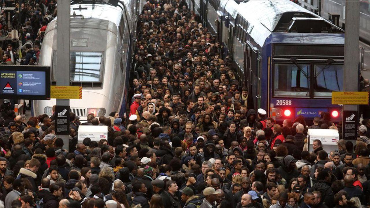 La SNCF et la RATP s'attendent à un lundi noir dans les transports.